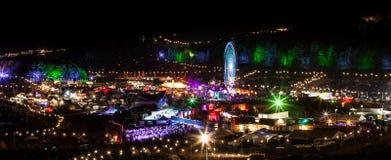 Boomtown angemessene 2014 Großbritannien-Nachtansicht Lizenzfreies Stockbild