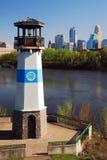 Boon Island Lighthouse en los bancos del río Misisipi en Minneapolics Imagenes de archivo
