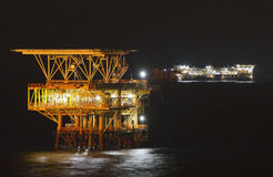 Booreiland bij nacht stock afbeelding