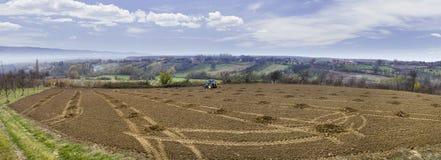 Boorgaten met Tractor stock afbeelding