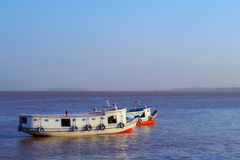Boot auf dem Amazonas Stockfotografie