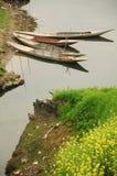 Boot auf dem Fluss Stockbild