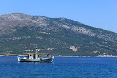 Boot auf dem Meer Lizenzfreie Stockfotos