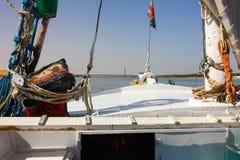 Boot auf dem Nil lizenzfreie stockfotografie