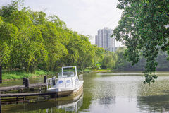 Boot auf dem See Lizenzfreie Stockbilder