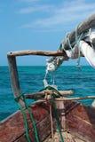 Boot auf dem Strand von Zanzibar Lizenzfreie Stockbilder