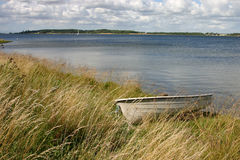 Boot auf dem Ufer Stockfotografie