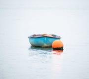 Boot auf dem Wasser Stockbilder