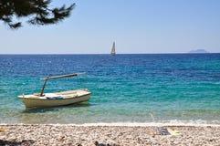 Boot auf einem Strand Stockfotografie
