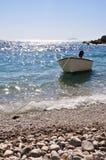 Boot auf einem Strand Stockbild
