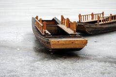 Boot auf Eis oben Stockbild