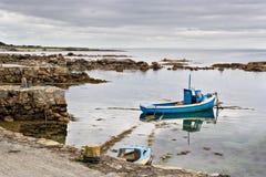 Boot auf Galway-Schacht Lizenzfreies Stockfoto