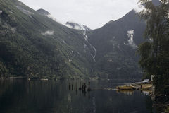 Boot auf leisem See Lizenzfreie Stockfotografie