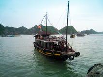 Boot auf Meer lizenzfreies stockfoto