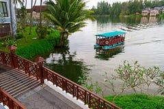 Boot auf See Lizenzfreie Stockfotos