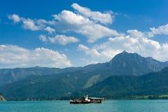 Boot auf Wolfgangsee Stockfotografie