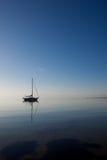 Boot bij de oceaan Stock Foto