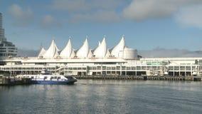 Boot, das Kanada-Platz in Vancouver führt stock footage