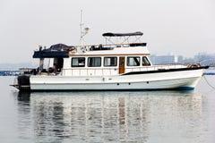 Boot in de baai royalty-vrije stock foto