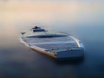 Boot in de mist royalty-vrije stock fotografie