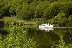 Boot in de Rivier van Moezel Royalty-vrije Stock Afbeeldingen