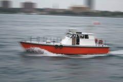 Boot in der Bewegung Stockfotografie
