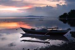 Boot an der Küste Lizenzfreies Stockfoto