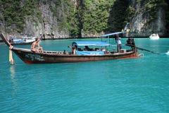 Boot des langen Schwanzes Stockfoto