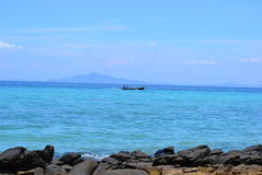 Boot des langen Schwanzes auf PU-PU-Insel Stockfotografie