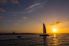 Boot die op zee varen Royalty-vrije Stock Foto
