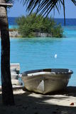 Boot in een trpoical haven Stock Foto