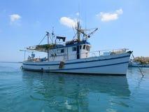 Boot in einem Fischerdorf in Malta Stockfotografie