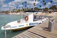 Boot für entspannendes Tauchen Stockbild