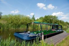 Boot für Exkursionen lizenzfreie stockfotos