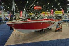 Boot Glastron GT auf Anzeige Stockfotografie