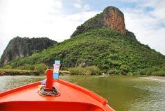 Boot im Fluss Stockbilder