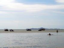 Boot im Meer lizenzfreies stockfoto