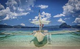 Boot im Paradies Stockbilder