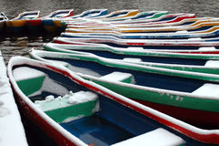 Boot im Schnee stockfoto