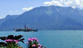 Boot in meer Leman, Zwitserland stock afbeelding