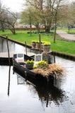 Boot mit Blumen Stockfotografie