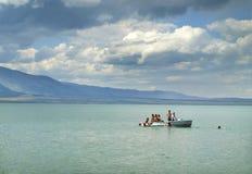 Boot mit Leuten stockfotos