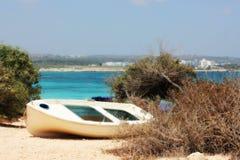 Boot mit Meer Stockbild