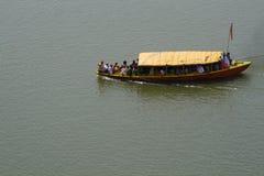 Boot op de Ganges royalty-vrije stock afbeeldingen