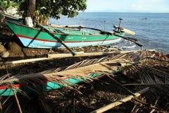 Boot op de kust Royalty-vrije Stock Fotografie