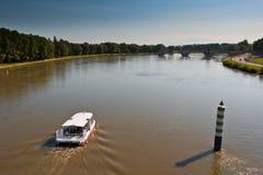 Boot op de Rivier de Rhône royalty-vrije stock afbeeldingen