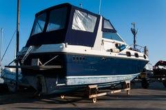 Boot op de Voorraden royalty-vrije stock afbeelding