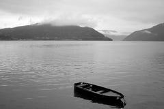 Boot op Donau stock fotografie