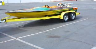 Boot op een Aanhangwagen stock afbeeldingen