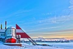 Boot op het de winterstrand. Royalty-vrije Stock Afbeelding